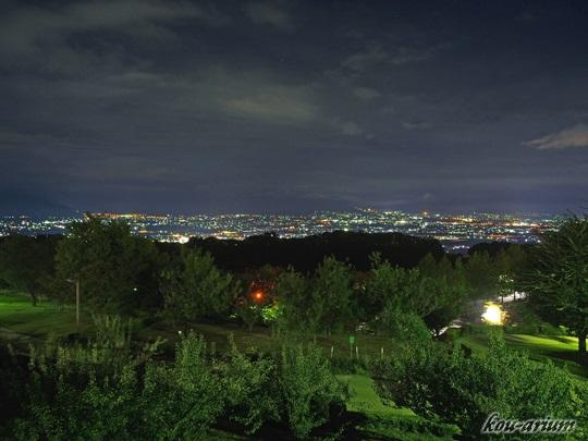 笛吹川フルーツ公園から見た夜景