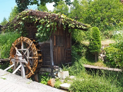 妻籠宿の水車小屋