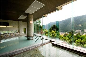 下呂温泉 湯之島館の展望大浴場