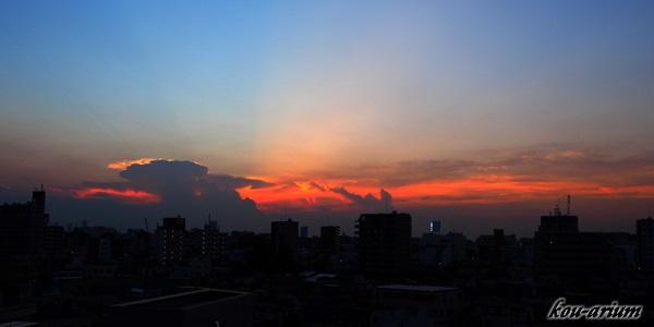 夕闇時の空