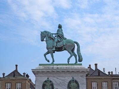 フレデリクス5世騎馬像