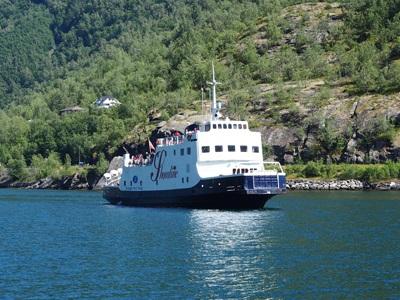 ソグネフィヨルドクルーズ船